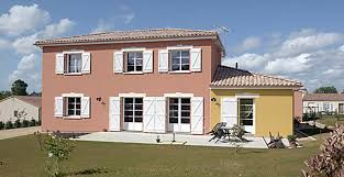 CONSTRUCTION NEUVILLOISE Maison à étage Maisons individuelles Maisons individuelles   