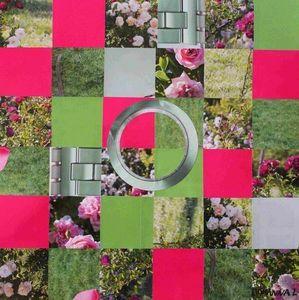 JOHANNA L COLLAGES - roses 1 - Tableau Contemporain