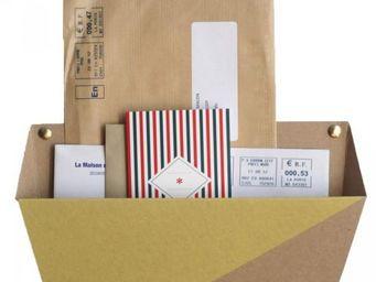 LEON FLAM - le tri postal - Bac À Courrier