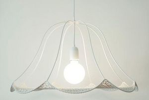 CHRISTINE HECHINGER - crochet blanc - Suspension