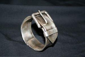 SZENDY GRINHILDA - boucle ceinture - Bracelet