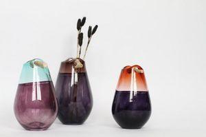 UTOPIA & UTILITY -  - Vase Décoratif