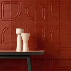 CUIR AU CARRE - géométrie variable - Revêtement Mural
