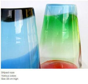 LOTTA PETTERssON -  - Vase À Fleurs