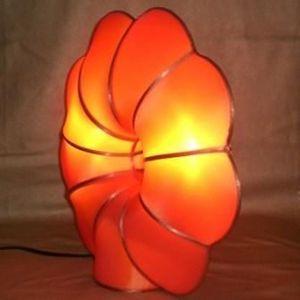 atoutdeco.com - lampe en soie naturelle modèle fleur - Lampe À Poser