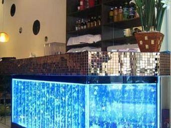 SDECO INTERIORS - mab 01 - Comptoir De Bar Lumineux