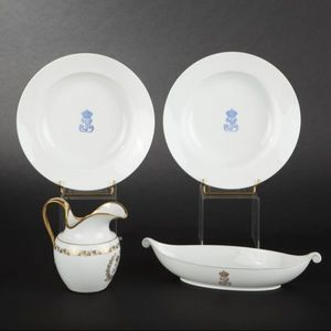 Expertissim - pot � eau, porcelaine de s�vres, service des princ - Aigui�re