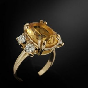Expertissim - bague en or orn�e d'une citrine et de diamants. - Bague