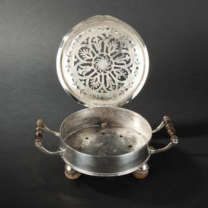 Expertissim - réchaud de table en métal plaqué d'argent. epoque - Réchaud