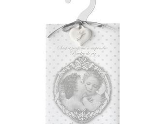 Mathilde M - cintre anges amoureux, parfum poudre de riz - Cintre