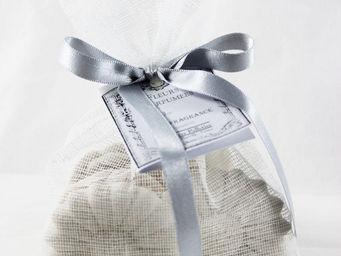 Le Pere Pelletier - fleurs parfum�es senteur rose ancienne en pl�tre ( - Sachet Parfum�