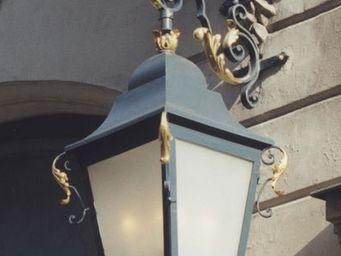 BFA cr�ations - le 1728 - Lanterne Potence