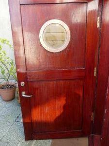 La Timonerie Antiquit�s marine - porte de bateau cabine avec hublot bronze - Porte De Communication Vitr�e
