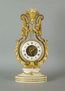 La Tour Camoufle - pendule lyre epoque louie xvi - Pendule Squelette