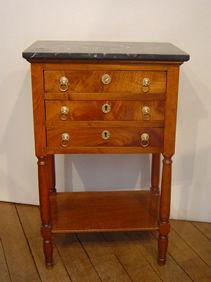 Courcelles Antiquités - chevet style directoire - Table De Chevet