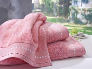 BLANC CERISE - drap de bain corail - coton peign� 600 g/m� - brod - Serviette De Toilette