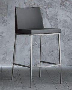 WHITE LABEL - chaise de bar erik en cuir �co gris, pi�tement en  - Chaise Haute De Bar