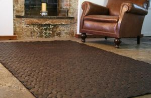 ELVIS AND KRESSE -  - Tapis De Cuir