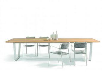 MANUTTI -  - Table De Jardin