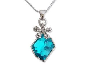 WHITE LABEL - collier pendentif fleur argentée et pierre turquoi - Collier