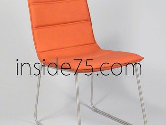 WHITE LABEL - chaises design dodge façon cuir orange piétement m - Chaise