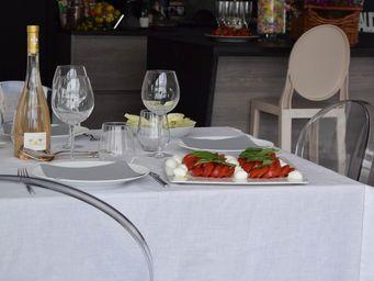 MAISON D'ETE - nappe lin lavé blanc/surpiqûre noire - Nappe Rectangulaire