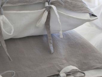 MAISON D'ETE - taie d'oreiller lin stone washed bicolore gris cla - Taie D'oreiller