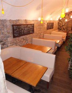 SKa France -  - Banquette De Restaurant