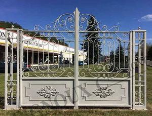 Reignoux Creations - classique à fronton - Portail De Jardin