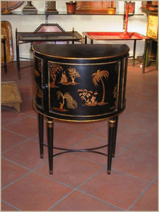 Tindle And Tindle Too -  - Commode Demi Lune