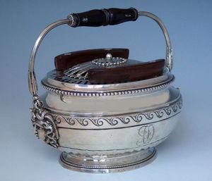 Dario Ghio Antiquites -  - Chauffe Plat