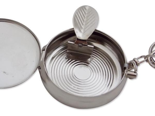 WHITE LABEL - Cendrier-WHITE LABEL-Cendrier rond de voyage en métal motif feuille de