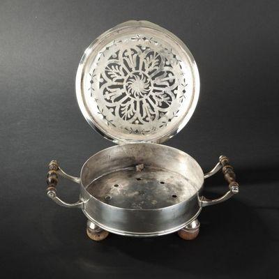 Expertissim - Réchaud-Expertissim-Réchaud de table en métal plaqué d'argent. Epoque