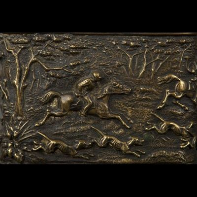 Expertissim - Porte-bijoux-Expertissim-Porte-montre en bronze, fin XIXe siècle