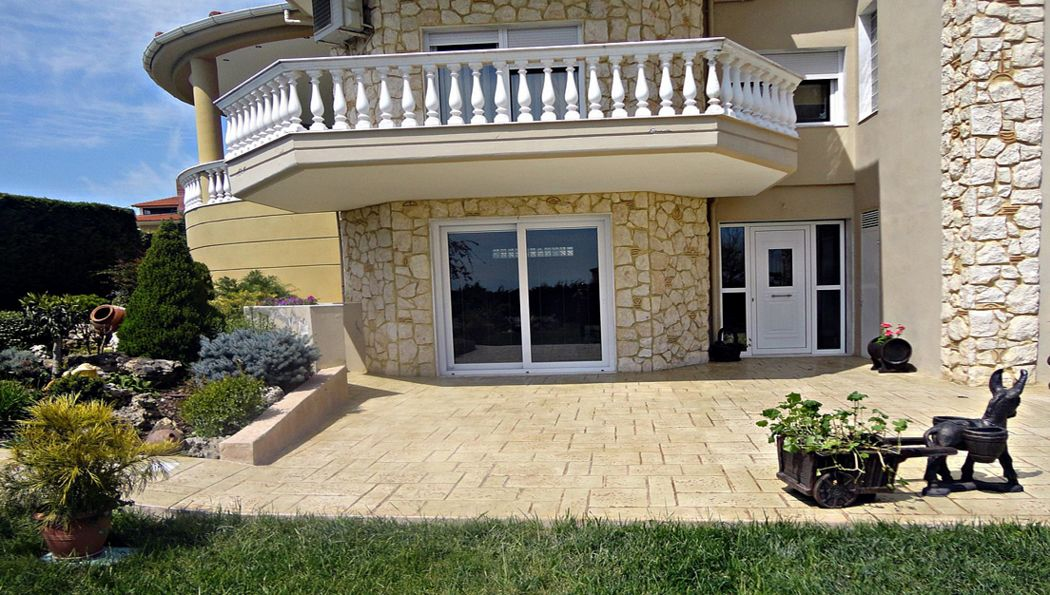 STYLE BETON Decorative concrete flooring (stamped concrete) Decorative concrete Flooring  |