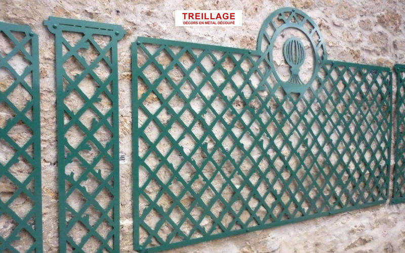 TREILLAGE Trellis Enclosures and trellis-work Garden Gazebos Gates...  |