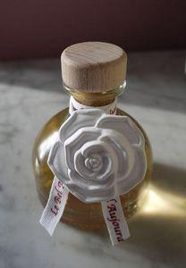 LE BEL AUJOURD'HUI - camélias - Oil Diffuser