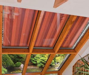 Exterior roof window blind