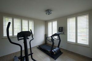 DECO SHUTTERS - shutters en peuplier massif - Interior Blind
