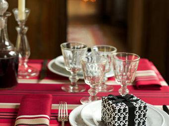 Jean Vier -  - Christmas Tablecloth