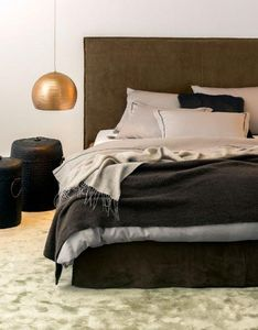 LUIZ - ebony - Coverlet / Throw