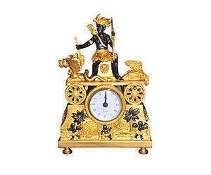 Demeure et Jardin - pendule empire amerique - Antique Clock