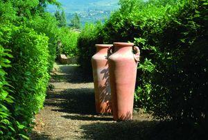 Enzo Zago -  - Amphora