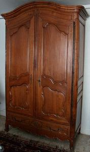Antiquités Eric de Brégeot -  - Linen Cabinet