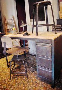 LE MARCHAND D'OUBLIS - etabli industriel de mécanicien - Craft Furniture