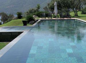 ARTESIA - 30x30 - Pool Deck