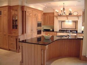 Acanthus -  - Traditional Kitchen