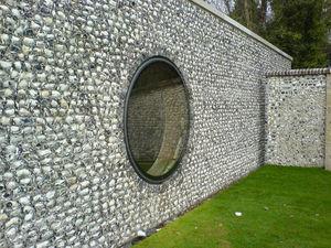 Glazing Vision -  - Bull's Eye Window