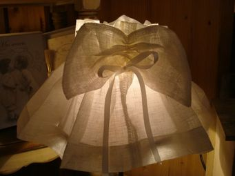 au petit coeur d'amour -  - Skirted Lampshade