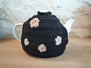 Y.KNOT -  - Tea Cosy